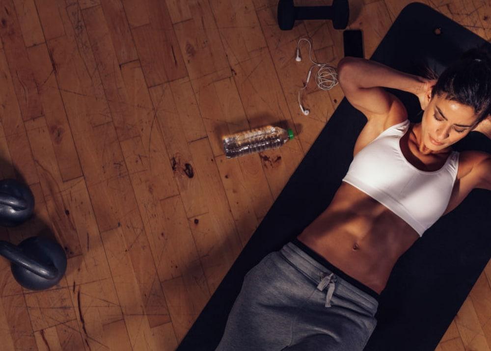 comment-faire-des-abdos-sans-avoir-mal-au-dos-coach-sportif-tarbes-oliviercabianca-martin-domicil-gym